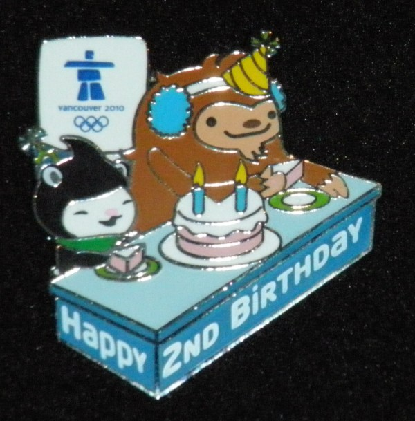 094 - Mascot birthday pin